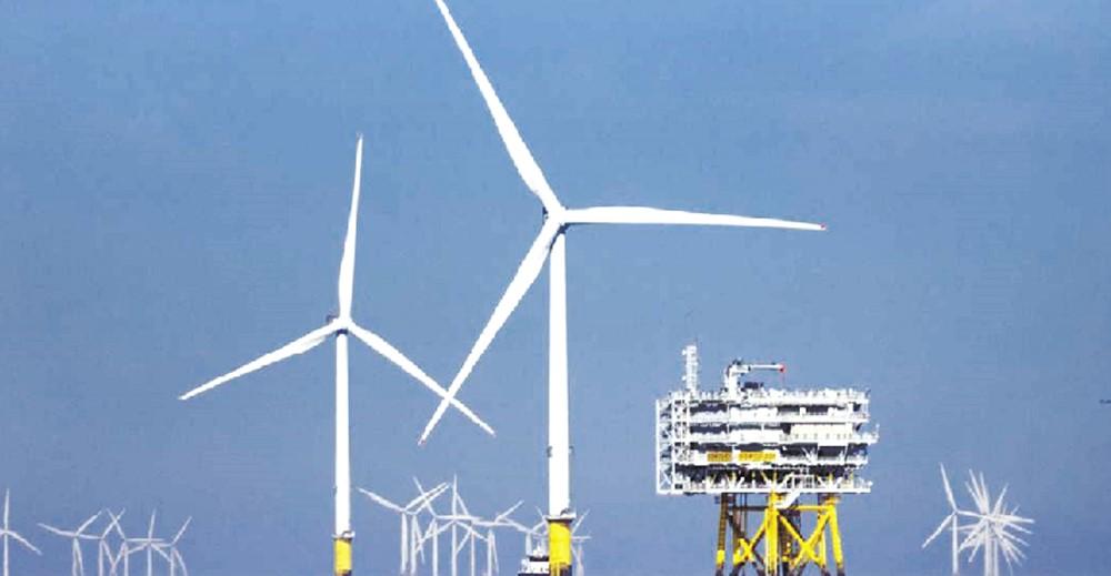 今年上半年較大投資案件包含丹麥商沃旭能源增資大彰化東南與大彰化西南離岸風力發電,2公司共計新台幣約248億元。圖/本報資料照片